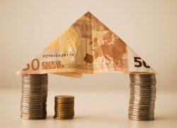 NN wint, Aegon verliest terrein op hypotheekmarkt