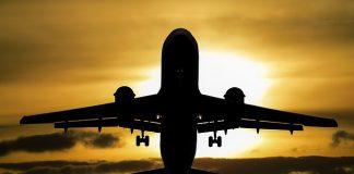 Niks bezuinigen op de vakantie; Nederlanders laten de euro's juist rollen