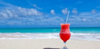 Nibud: vakantie is dit jaar voor kwart van Nederlanders te duur