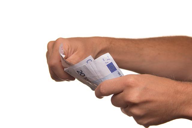 Verbond en verzekeraars checken onterechte opzegkosten
