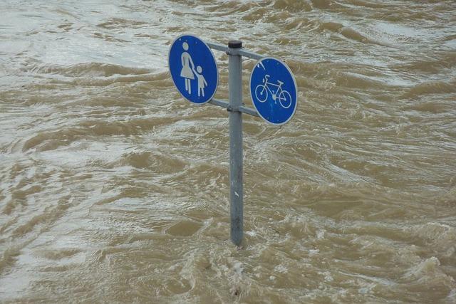 Menselijke bedreigingen vormen in Nederland groter financieel risico dan overstromingen