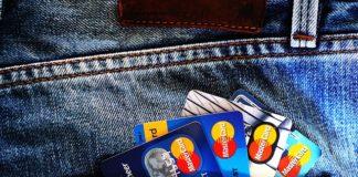 DNB: Aantal pinbetalingen overschrijdt de 60%
