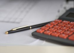 Een op zes Nederlanders denkt over overstappen naar andere zorgverzekering