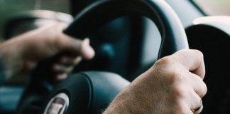 Consumentenbond: stop leeftijdsdiscriminatie autoverzekeraars